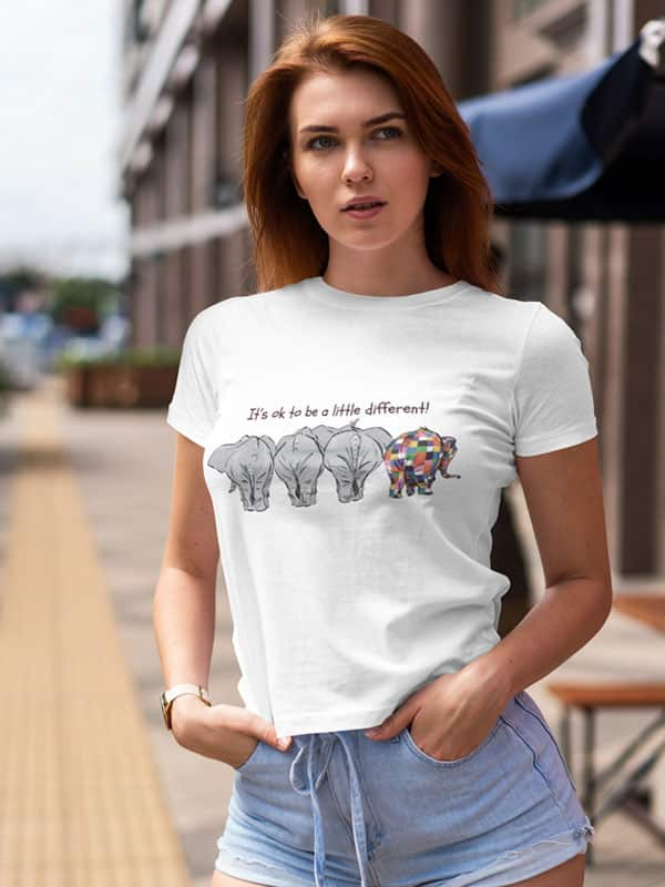 it s ok to be a little different t shirt met olifantjes