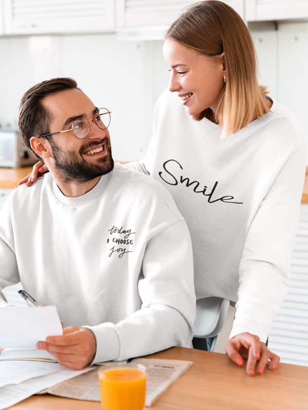 smile sweater en today I choose joy sweater