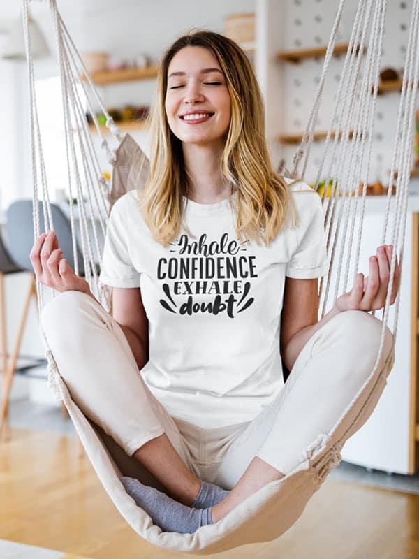 t shirt met opdruk inhale confidence exhale doubt
